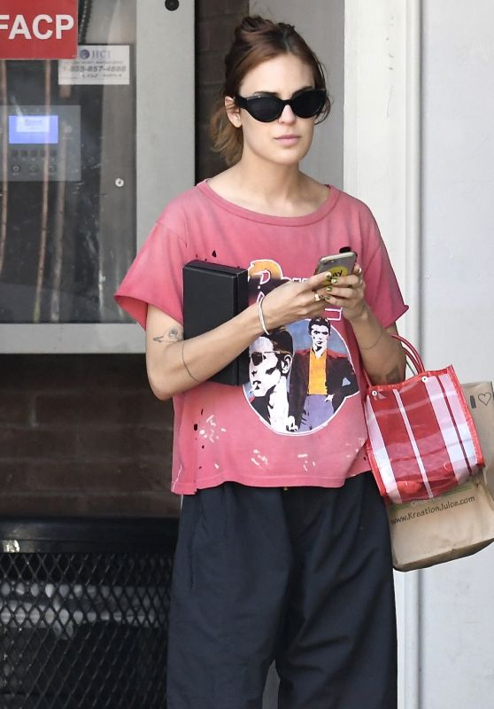 Tallulah Willis - Arriving at the Doctors Office in Beverly Hills 08/06/2018