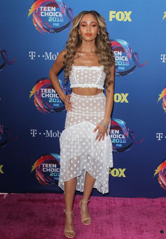 Vanessa Morgan – Teen Choice Awards 2018