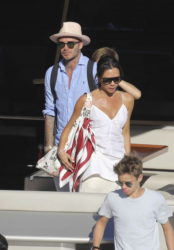 Victoria and David Beckham in the South of France 08/28/2018
