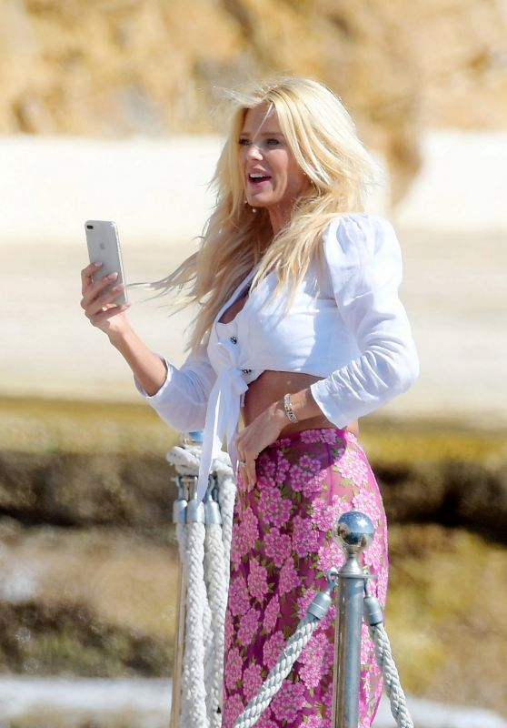 Victoria Silvstedt at Hotel du Cap in Antibes 08/15/2018
