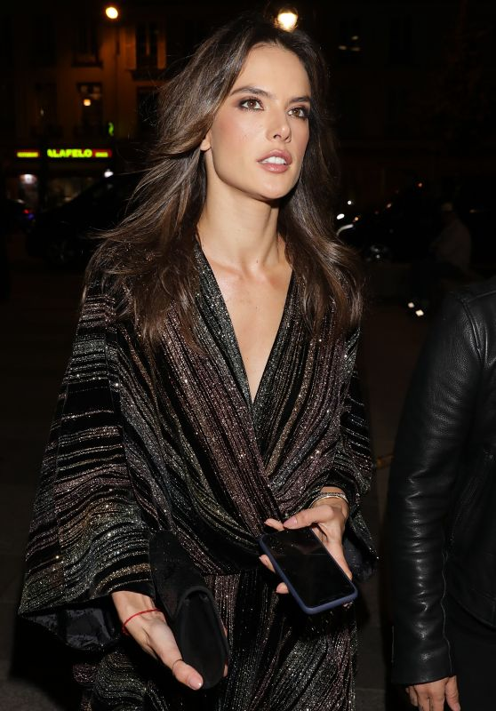 Alessandra Ambrosio - Arriving at the Zadig & Voltaire Show in Paris 09/29/2018