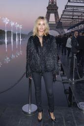 Amber Valletta – Saint Laurent Show, Paris Fashion Week 09/25/2018