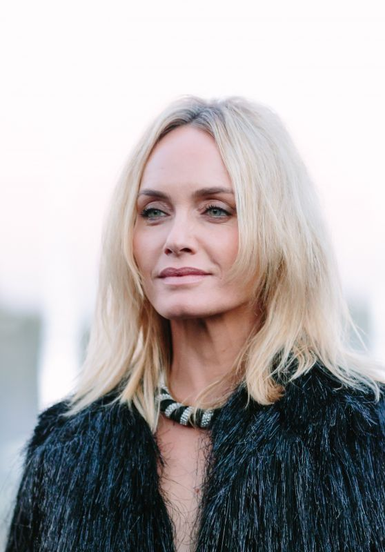 Amber Valletta – Saint Laurent Show, Paris Fashion Week 09/25/2018