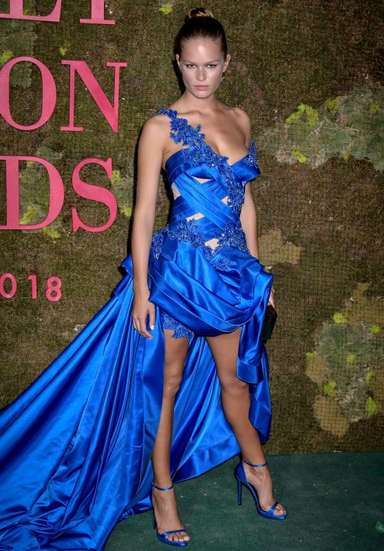 Anna Ewers – Green Carpet Fashion Awards in Milan 09/23/2018