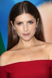 """Anna Kendrick – """"A Simple Favor"""" Premiere in NYC"""