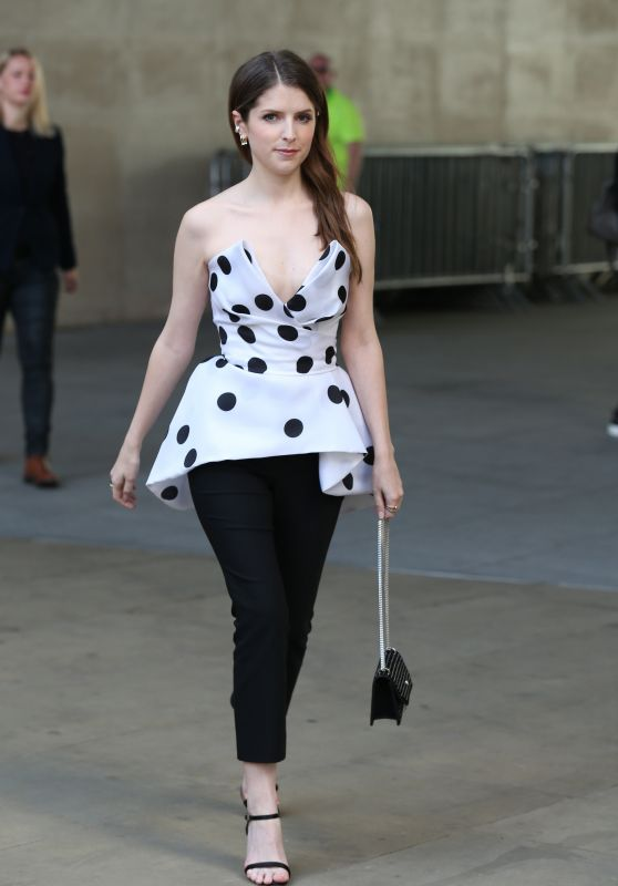 Anna Kendrick Cute Style - London 09/17/2018
