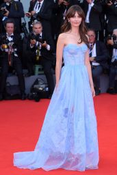 """Annabelle Belmondo – 2018 Venice Film Festival Opening Ceremony and """"First Man"""" Red Carpet"""