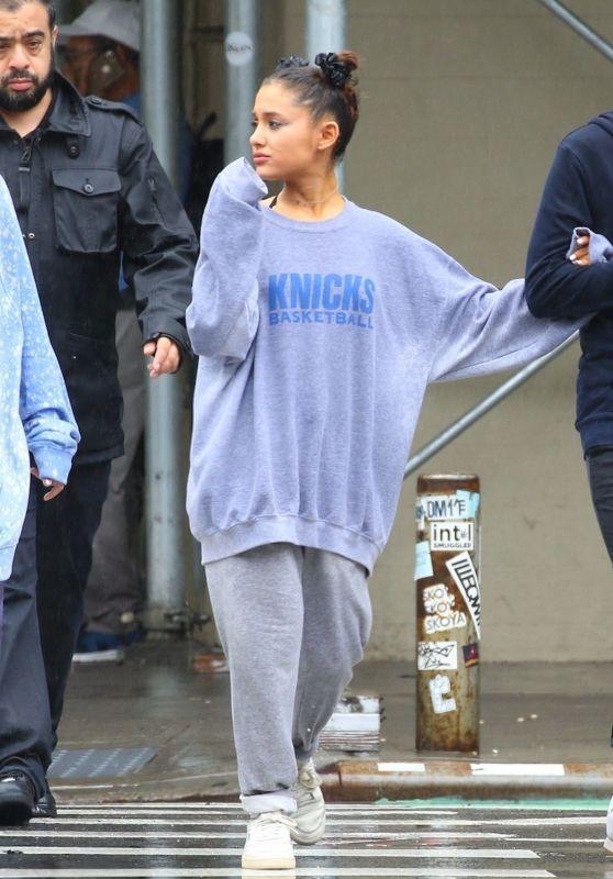 Ariana Grande - Playing in The Rain 09/18/2018