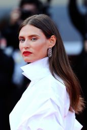 """Bianca Balti – """"The Sisters Brothers"""" Premiere at Venice Film Festival"""