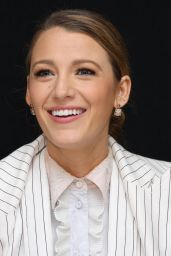 "Blake Lively - ""A Simple Favor"" Press Conference Portraits"