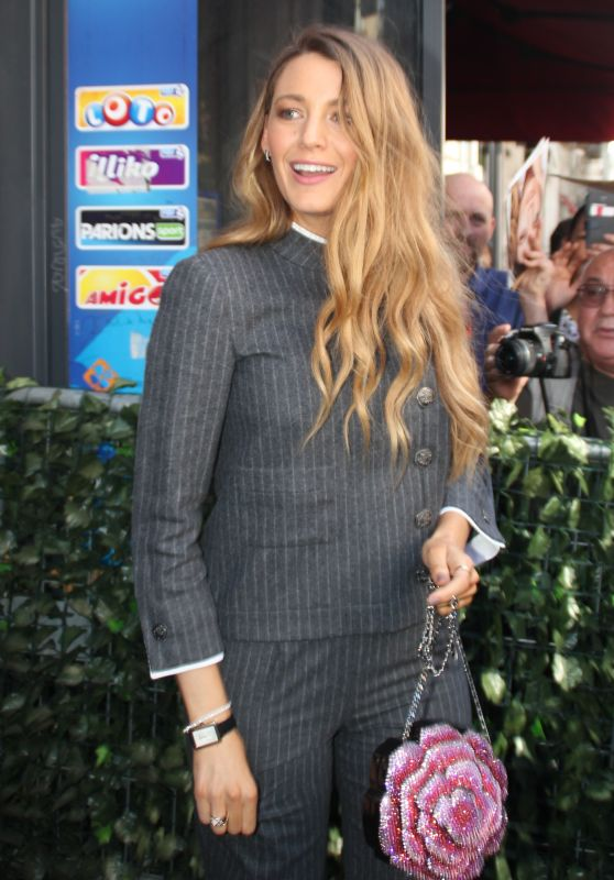 Blake Lively at a French TV Studio in Paris 09/19/2018