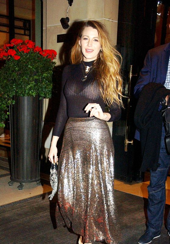 Blake Lively - Leaving Hotel Plaza Athénée in Paris 09/24/2018