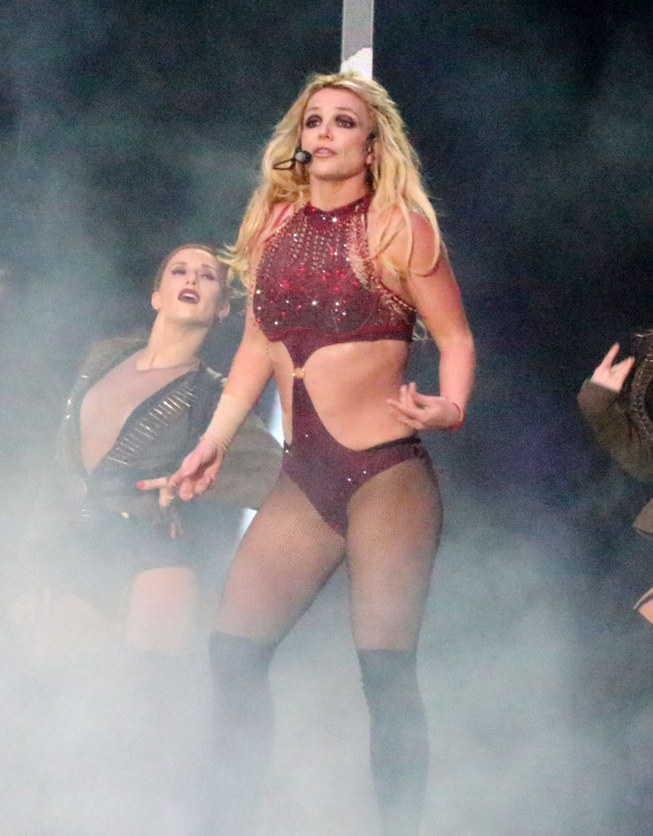 """Britney Spears - Performs on """"Piece Of Me"""" Tour in Blackpool 09/01/2018 •  CelebMafia"""