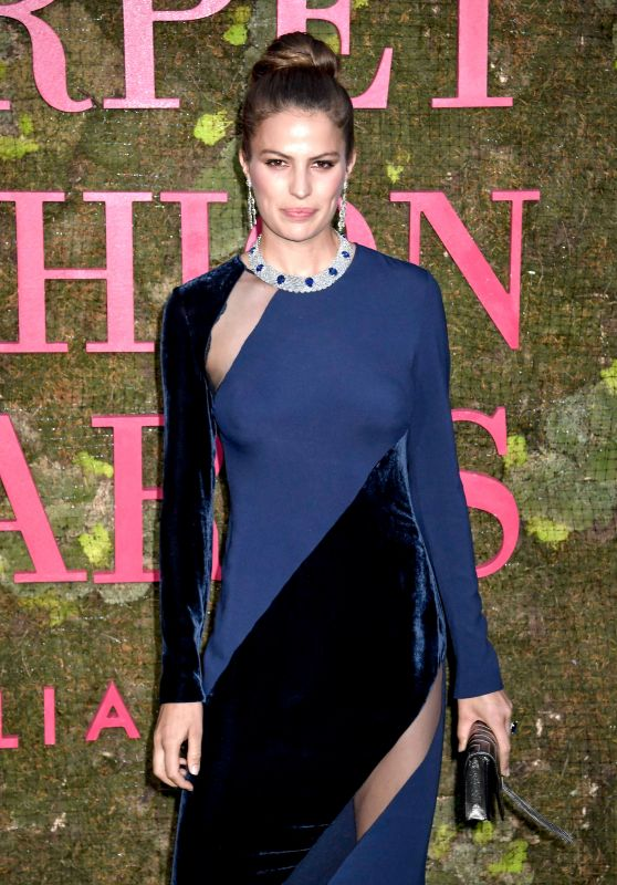 Cameron Russell – Green Carpet Fashion Awards in Milan 09/23/2018
