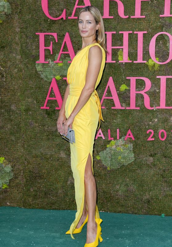 Carolyn Murphy – Green Carpet Fashion Awards in Milan 09/23/2018