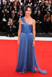 "Caterina Guzzanti – 2018 Venice Film Festival Opening Ceremony and ""First Man"" Red Carpet"