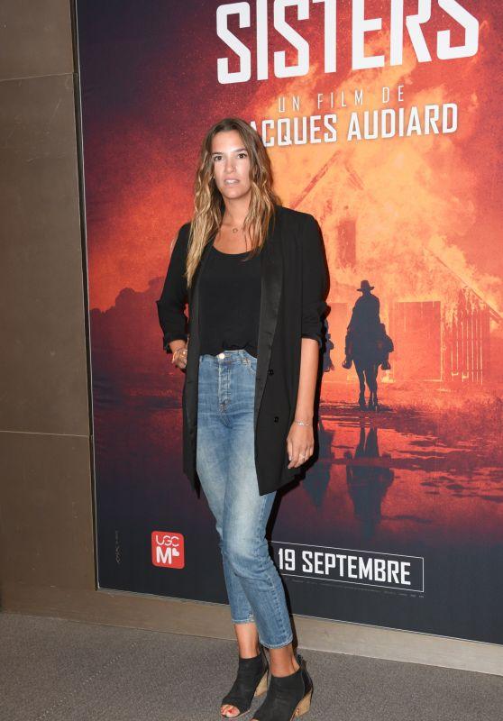 """Charlotte Gabris – """"Les Freres Sisters"""" Premiere in Paris"""
