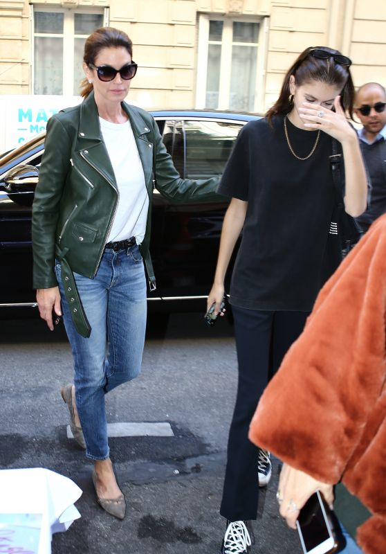 Cindy Crawford and Kaia Gerber - Out in Paris 09/27/2018