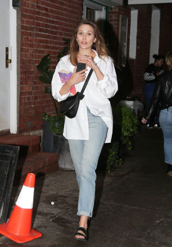 Elizabeth Olsen Casual Style - Out in New York City 09/11/2018