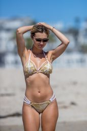 Ella Rose Hot in Bikini on the Beach in Santa Monica 09/20/2018