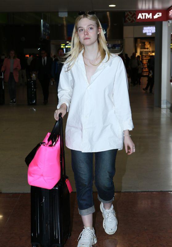 Elle Fanning - Arriving at CDG Airport in Paris 09/29/2018