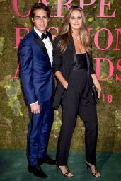 Elle MacPherson – Green Carpet Fashion Awards in Milan 09/23/2018