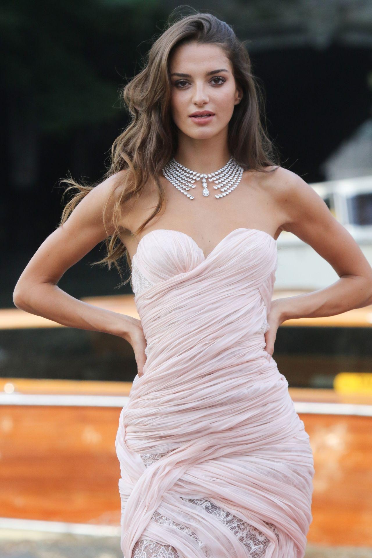 Leaked Gabrielle Caunesil nudes (34 foto and video), Sexy, Paparazzi, Boobs, bra 2019