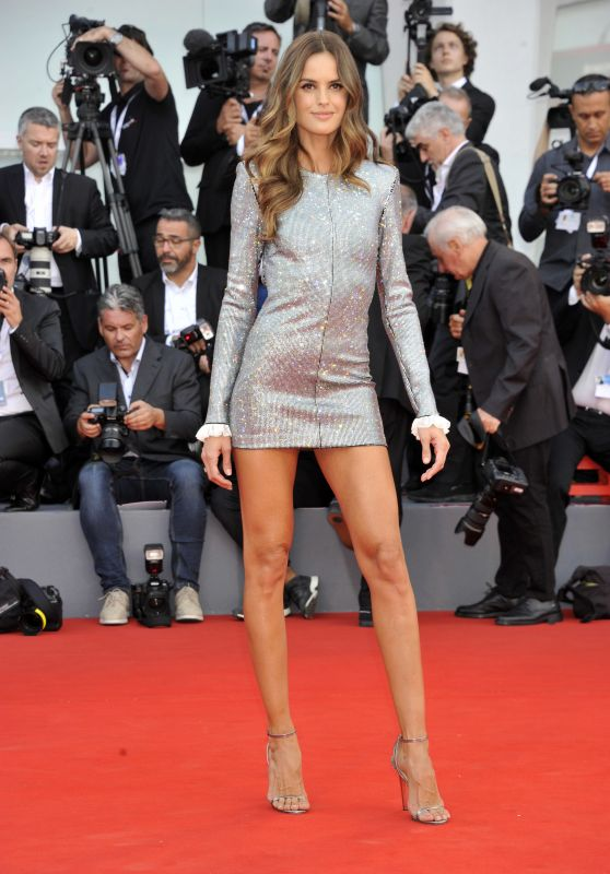 "Izabel Goulart – ""Roma"" Premiere at Venice Film Festival"