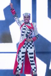 Janelle Monae - Performs at 2018 Made in America Festival in Pennsylvania