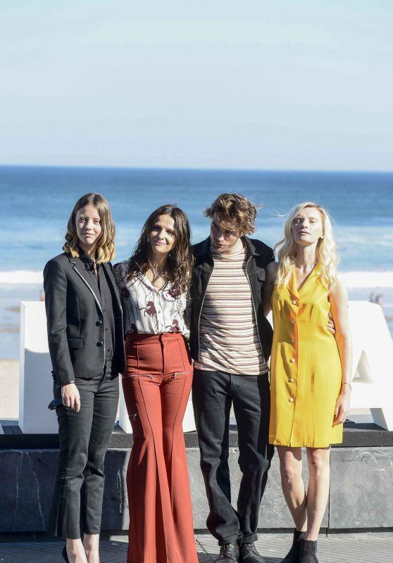 "Juliette Binoche, Mia Goth, Agata Buzek - ""High Life"" Photocall at 66th San Sebastian Film Festival"
