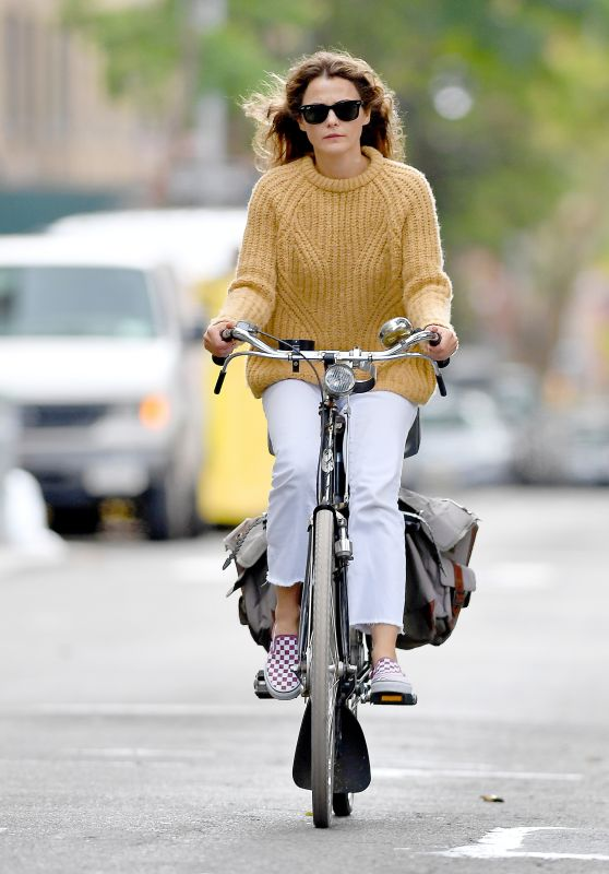 Keri Russell - Going for a Bicycle Ride in Brooklyn 09/24/2018