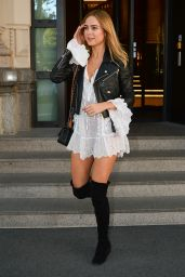 Kimberley Garner - Arrives at the Giorgio Armani Show, Milan Fashion Week 09/23/2018