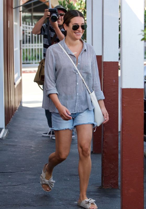 Lea Michele - Brentwood Country Mart 09/21/2018