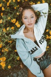 Lily Chee - Personal Pics 09/20/2018