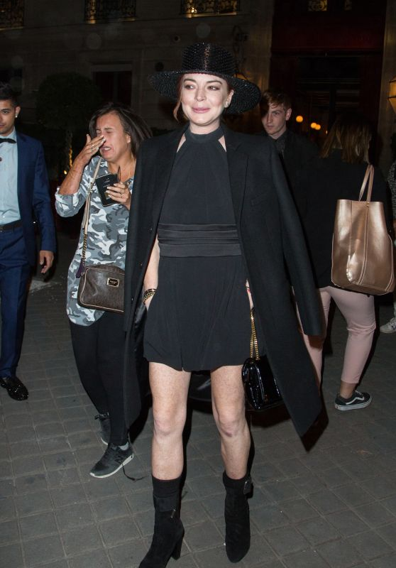 Lindsay Lohan Night Out Style - Paris 09/27/2018