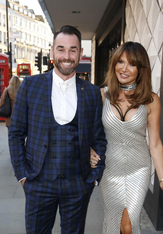 Lizzie Cundy – 2018 National Reality TV Awards in London