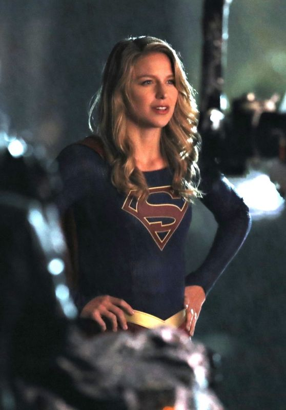"Melissa Benoist Films Scenes for ""Supergirl"" in Vancouver 09/21/2018"