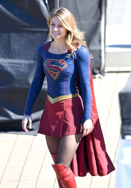 """Melissa Benoist on the Set of """"Supergirl"""" in Vancouver 09/05/2018"""