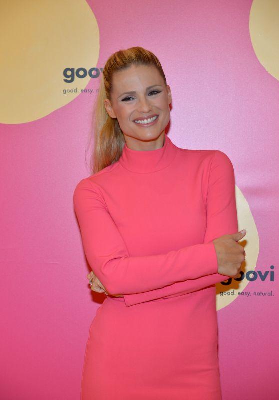 Michelle Hunziker - Beauty Line Goovi Launch in Milano 09/27/2018