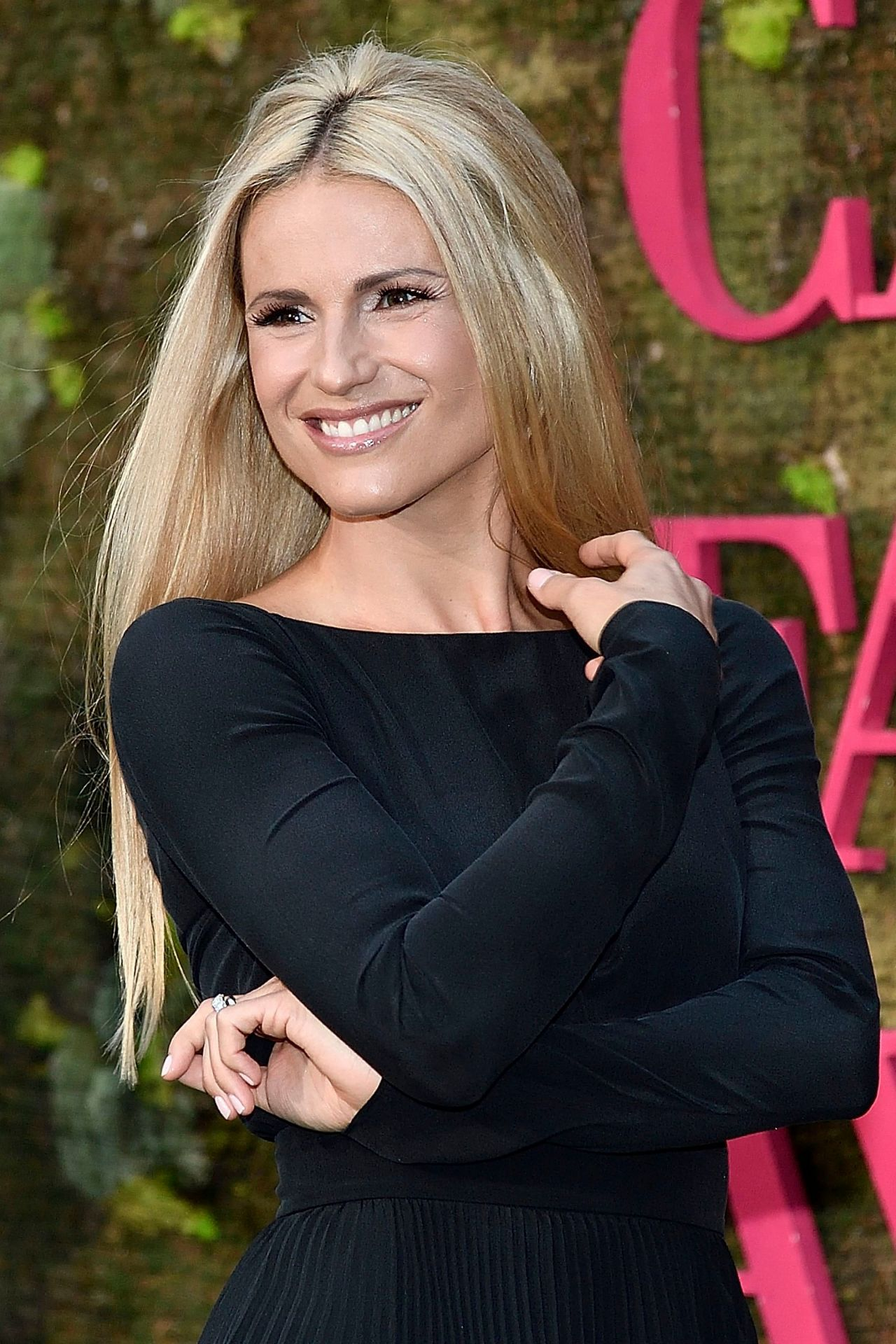 2019 Michelle Hunziker naked (33 foto and video), Pussy, Bikini, Boobs, swimsuit 2015