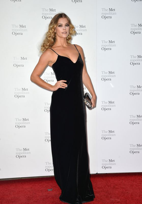 Nina Agdal – Metropolitan Opera Opening Night Gala in New York 09/24/2018