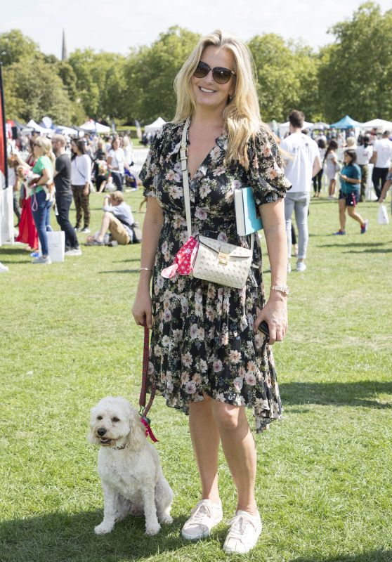 Penny Lancaster – PupAid Event in London 09/01/2018