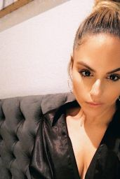 Pia Toscano - Personal Pics 09/17/2018