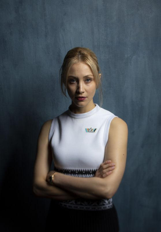 Sarah Gadon - Photoshoot for Los Angeles Times, TIFF 2018