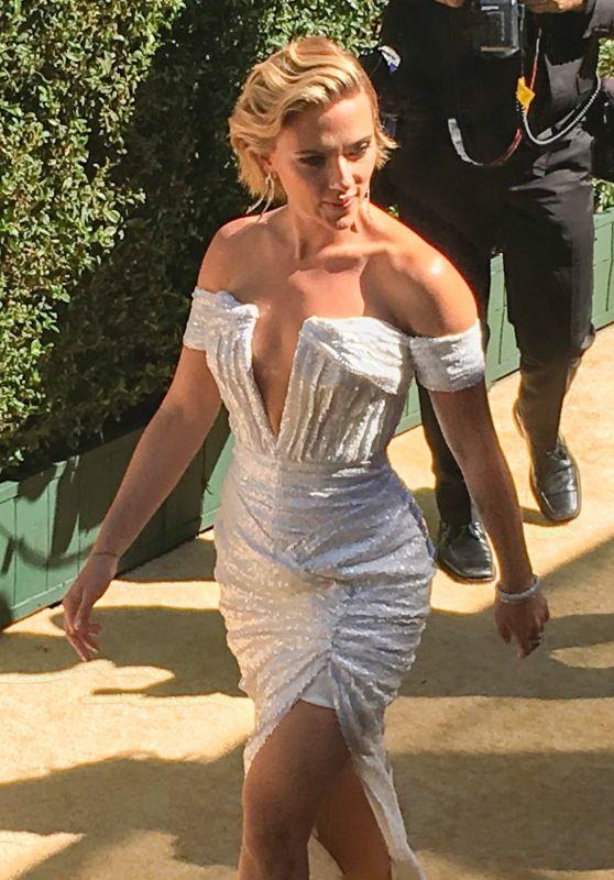 Scarlett Johansson - Arrives on the Gold Carpet at Emmy Awards 2018