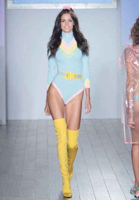 Sofia Resing – Mery Playa by Sofia Resing Fashion Show in NYC 09/11/2018