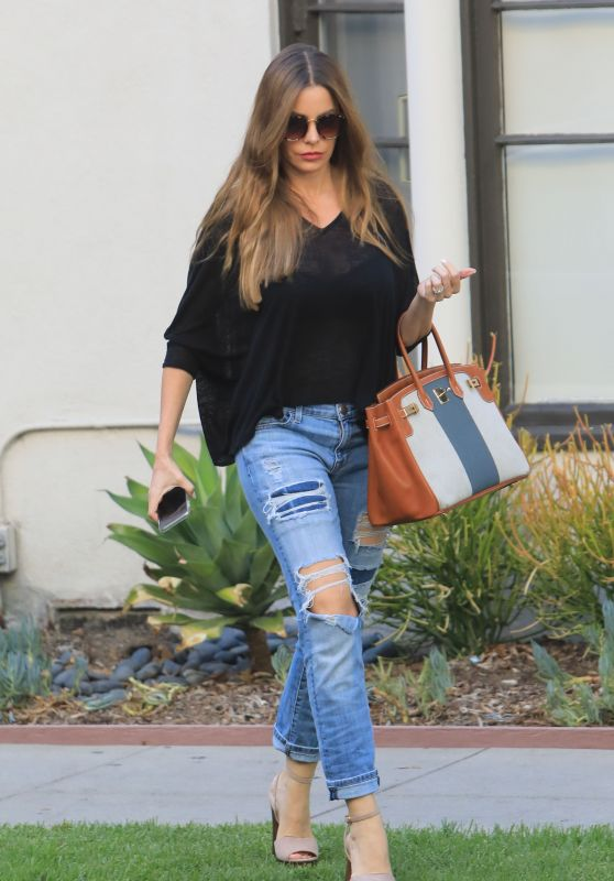 Sofia Vergara - Shopping in Beverly Hills 09/19/2018