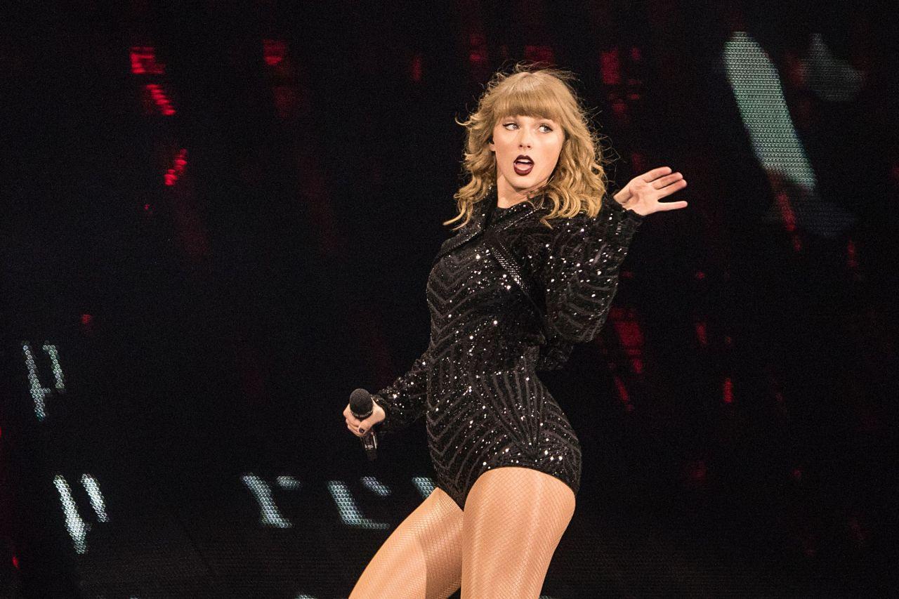 Taylor Swift Reputation Stadium Tour In Indianapolis 09 15 2018 Celebmafia