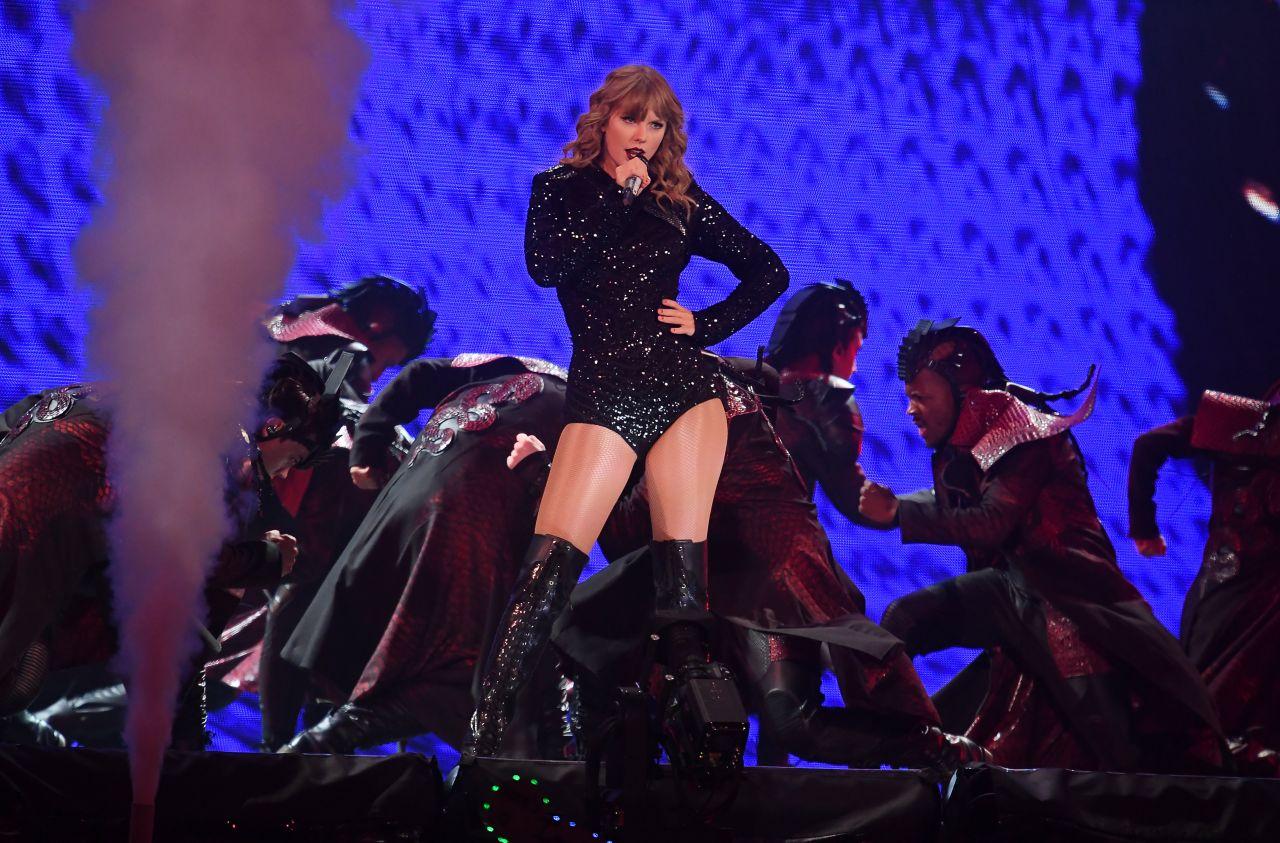 Taylor Swift Reputation Stadium Tour In Minneapolis 08 31 2018 Celebmafia