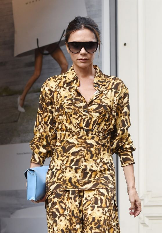 Victoria Beckham - Leaving Her Flagship Store in Mayfair 09/18/2018